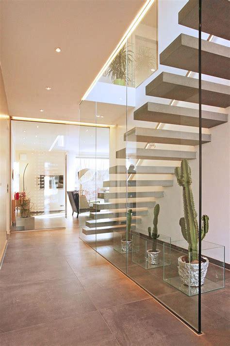 ringhiera in cemento 40 idee scale moderne per interni ringhiera cemento e scala