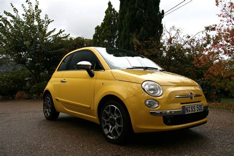 blueme fiat fiat 500 and microsoft blue me photos 1 of 10