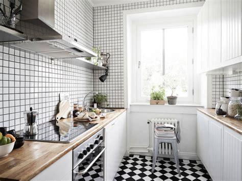 küchenfliesen schwarz k 252 chenfliesen machen das interieur lebendig