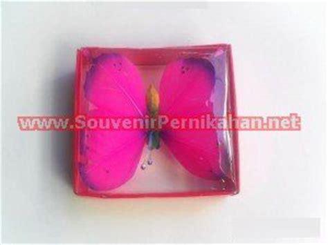 Bros Dagu Bros Minimut Souvenir Pernikahan Bros Cantik Grosir Bros souvenir pernikahan hiasan kupu kupu nan cantik souvenir