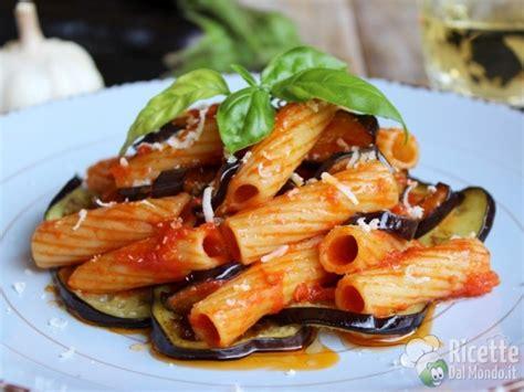cucina pasta alla norma pasta alla norma ricetta siciliana ricettedalmondo it