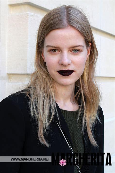 occhi di due colori diversi kadri vahersalu la modella con gli occhi di due colori