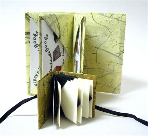 Handmade Pocket - handmade books how to social centre