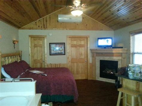 Silent Forest Retreat Cabins silent forest retreat cabins at lake winery updated 2017 cground reviews aviston