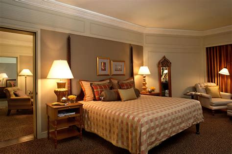 Hotel With 2 Bedroom Suites by Deluxe Two Bedroom Suites Mandarin Hotel Bangkok