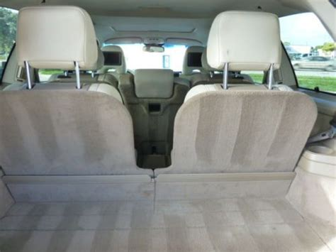 find   volvo xc  owner warranty heated seats dvds  row seat xc xc