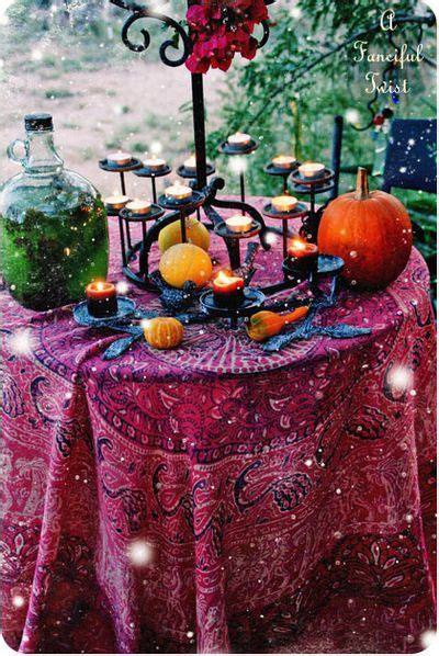 gypsy wedding ideas gypsy table this would be a really cool wedding theme