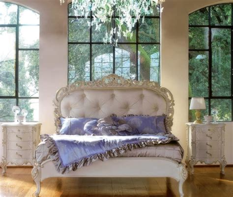 Handcrafted Bed - handcrafted bed with classical style idfdesign