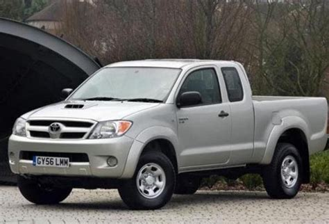 Toyota X 2005 Review 2005 2009 Toyota Hilux Truck Review Top Speed