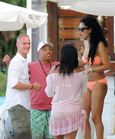 Janet Constantine Also Search For Kimora Simmons Frolics In St Barts With Boyfriend