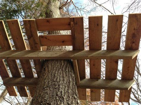 downloadable tree house plans apartment therapy best 25 simple tree house ideas on pinterest diy tree