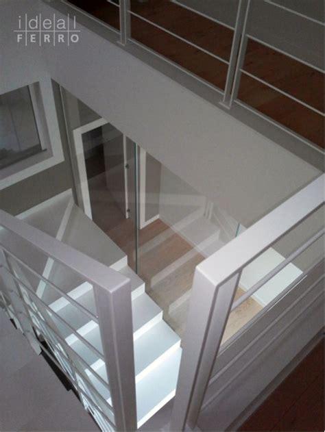 ringhiera acciaio e vetro ringhiera in acciaio verniciato e parapetto in vetro