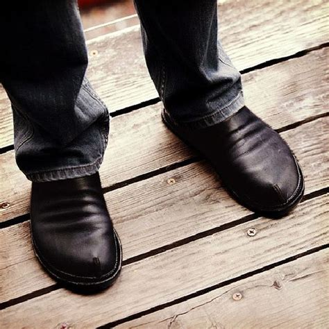 oregon minimalist design and casual shoes on