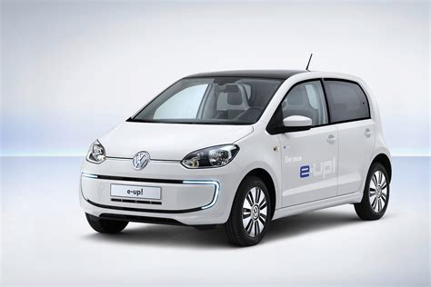 volkswagen e up ev debuts with 93 mile range and trick