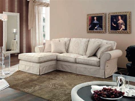 divani eleganti in tessuto divani in tessuto per ambienti di stile divani classici