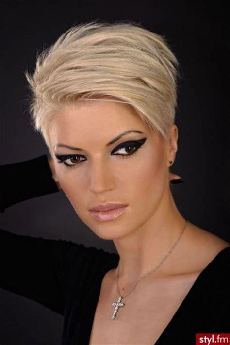 Krótkie fryzury damskie 2014   Wasze zdj?cia!   Strona 42   Styl.fm   Krótkie w?osy   fryzurki