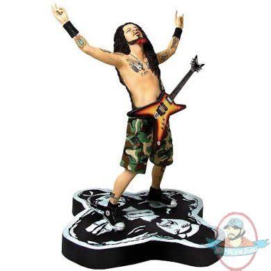 eddie van halen action figure dimebag darrell ii rock iconz statue by knucklebonz
