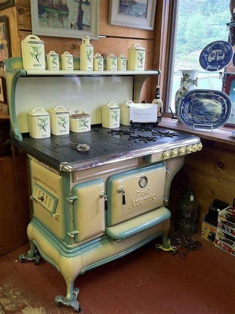 american pie co de férias i love this stove home decor pinterest vintage