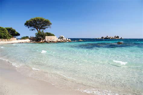 Santa Giulia et les Plages de Corse du Sud   Costa Nera Santa Giulia   Location d'appartements