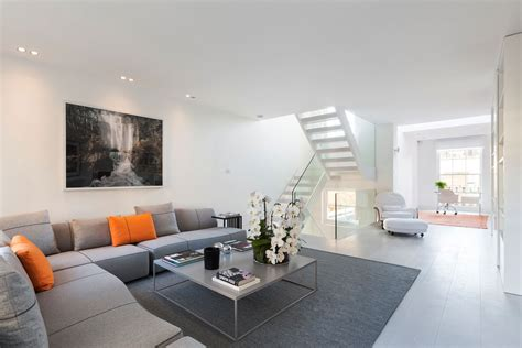Exquisite Contemporary House Near Kensington Gardens