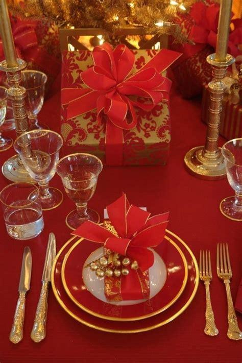 tischdeko weihnachten rot gold 42 faszinierende tischdekoration ideen in rot archzine net