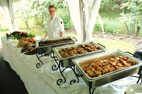 Decorative Use Of Chafing Dishes On A Buffet Table Set Up Buffet Set Up For Catering