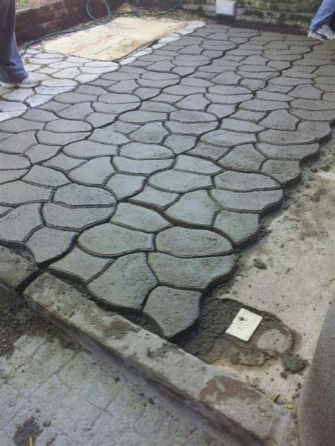 moldes para cemento piso cemento con molde hecho en casa pinterest molde