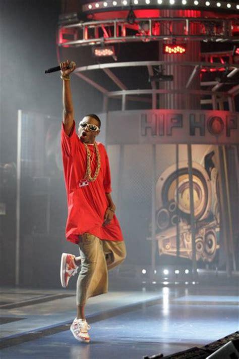 Soulja Boy Mtv Cribs by Soulja Boy Performs Quot Crank That Quot At 2007 Bet Hip Hop