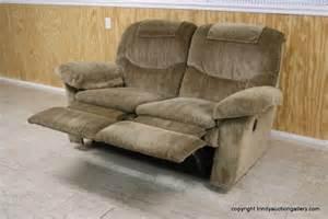 lazyboy loveseat recliner la z boy recliner loveseat sofa