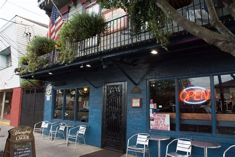 top 100 college bars 100 new orleans french quarter sports