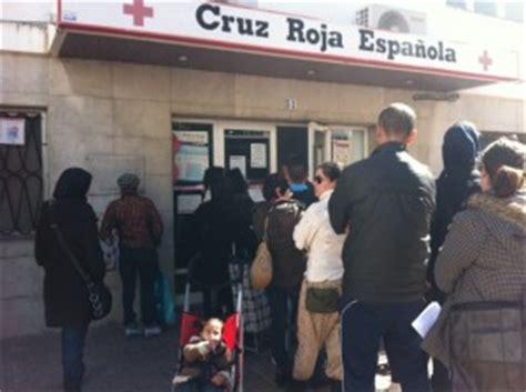 las peticiones de ayuda al banco de alimentos de cruz roja se multiplican por tres noudiaries