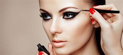 model makeup runway makeup looks and tips marie claire 7 makeup tips models use rely models