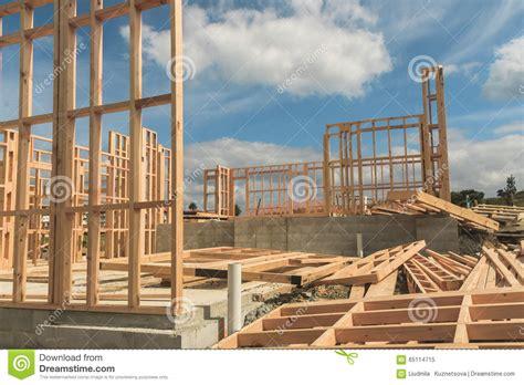 Bau Eines Hauses by Bau Eines Hauses Welches Das Meer 252 Bersieht Stockfoto