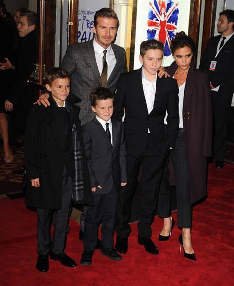 David And Beckham Moving To America by David And Move The Beckham Clan Into Kensington