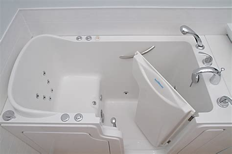 Safety Bathtub by Safe Step Walk In Tubs Recalled By Oliver Fiberglass