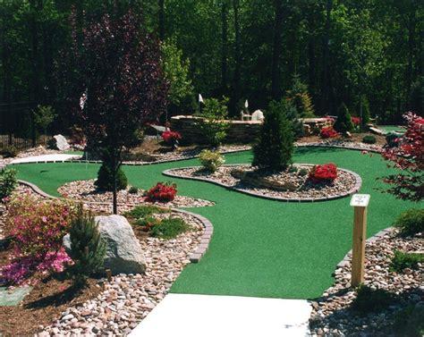 Harris Miniature Golf Courses Inc.   Mini Golf Construction and Design