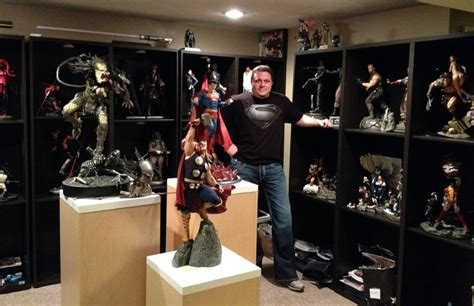 THIS GUY HAS SOME OF THE BEST STUFF SIDESHOW HAS EVER PUT