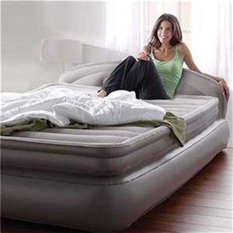 inflatable bed with headboard new aerobed queen size 18 quot inflatable air mattress with