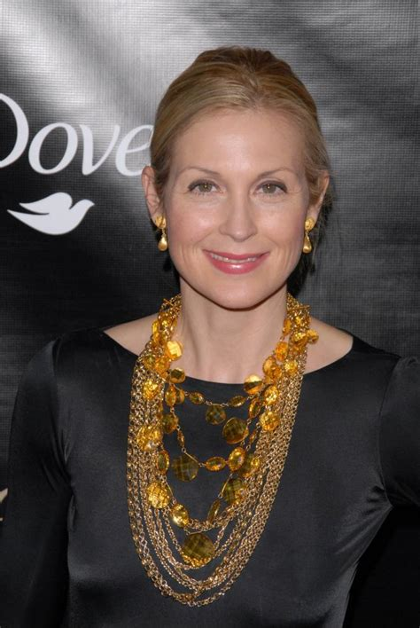 rutherford biography in english kelly rutherford american actress biography and photo