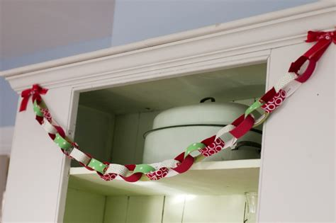15 fun and unique diy christmas garlands
