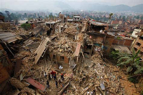 earthquake national geographic 20 pictures reveal nepal s heartbreaking earthquake