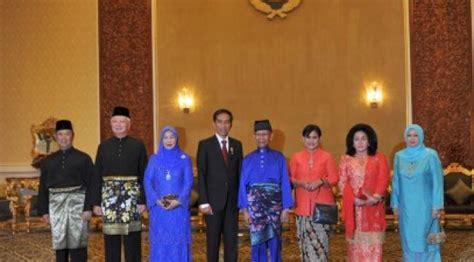 Oleh Oleh Magnet Kulkas Karakter Negara Brunei lawatan muhibah jokowi ke negeri negeri serumpun news