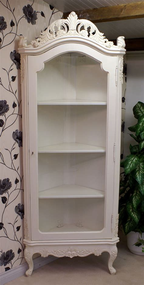 ANTIQUE WHITE DISPLAY CORNER CABINET   Hampshire Barn