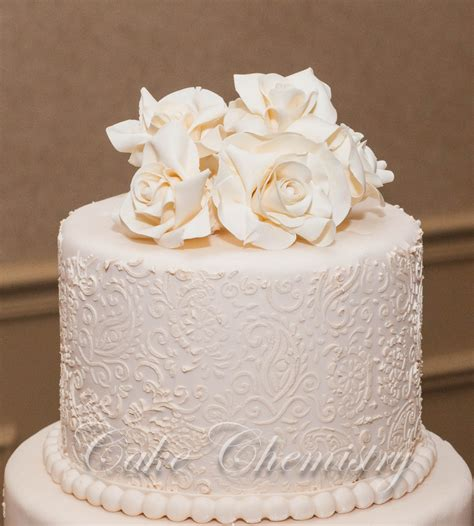 ivory wedding 5 tier ivory paisley wedding cake cakecentral