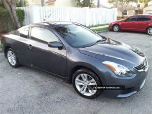 Nissan Altima 2door 2010 Nissan Altima S Coupe 2 Door 2 5l