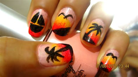 Cute Easy Nail Designs For Summer Loading