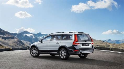 best tires for volvo xc70 2016 volvo xc70 overview the news wheel