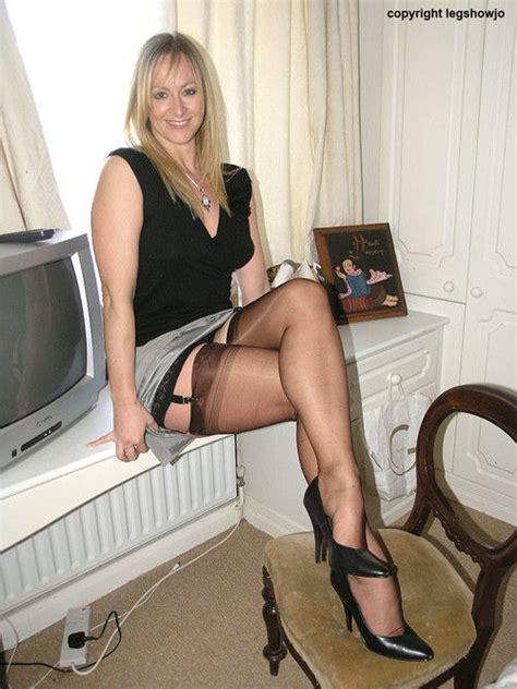 nina mercedez couch 17 b 228 sta bilder om stockings suspenders garters p 229