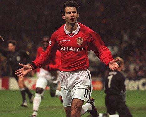 Miniatur Giggs Manchester United Soccerwe picture special giggs says manchester united will bounce back as is awarded with