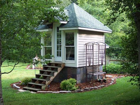 Very Small Houses by Small And Tiny Houses Design